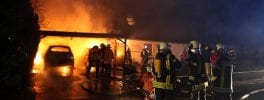 Feuer Cluvenhagen  ---  Christian Butt Film- und Fotojournalist  Obernstr. 47a 28832 Achim Telefon: 0162/8769702